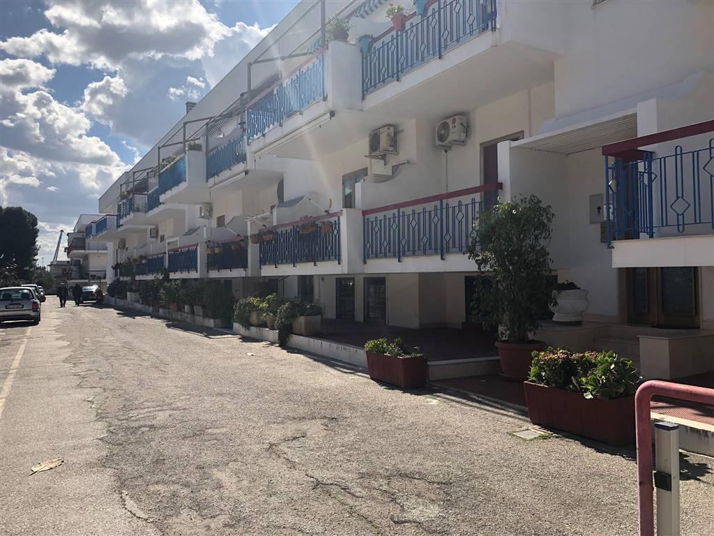 Soluzione Semindipendente in vendita a Bari, 5 locali, zona Località: SAN GIROLAMO / FESCA, prezzo € 195.000 | CambioCasa.it