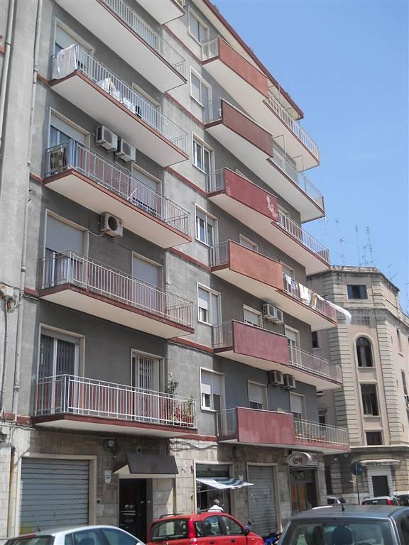 Bilocale, Libertà, Bari