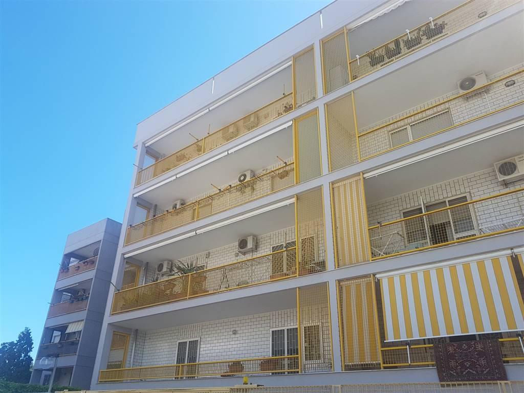 Appartamento, Carbonara - Ceglie, Bari, in ottime condizioni