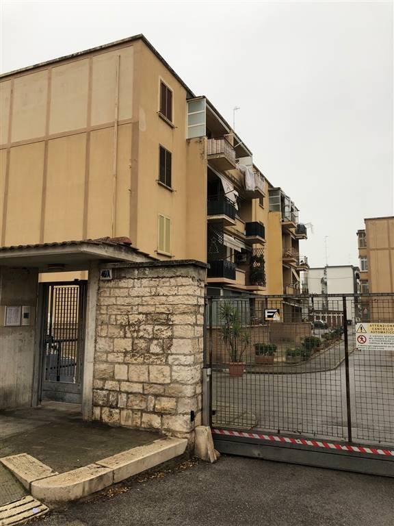 Trilocale, Stanic, Bari