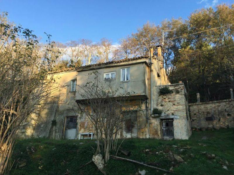 Casa singola, Montesicuro, Ancona, da ristrutturare