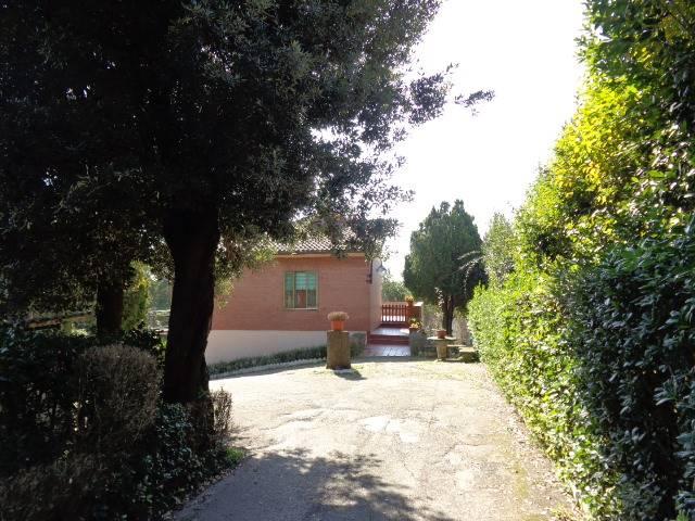 Casa singola in Via Varano 416, Passo Varano, Ancona