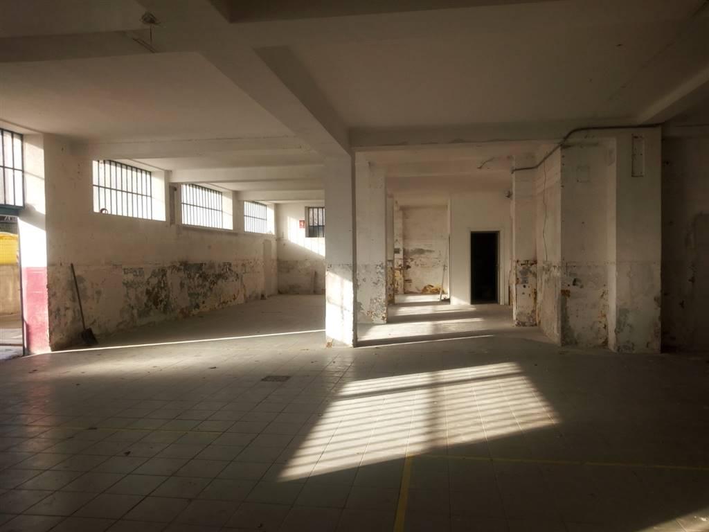 Negozio, Ancona, da ristrutturare