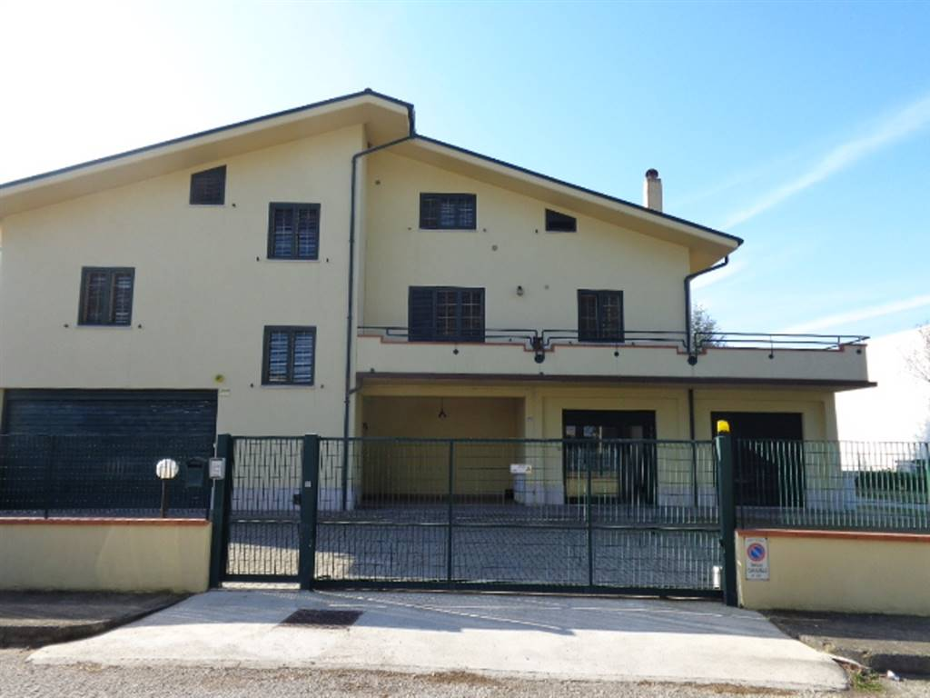Casa singola in Via Dell'industria 8, Falconara Marittima
