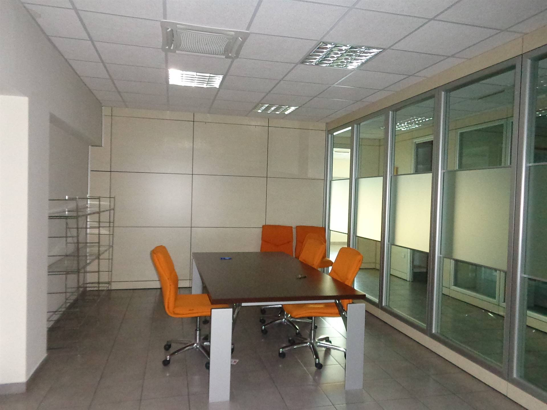Ufficio / Studio in affitto a Falconara Marittima, 6 locali, zona Località: ZONA INDUSTRIALE CIAF, prezzo € 1.200 | CambioCasa.it
