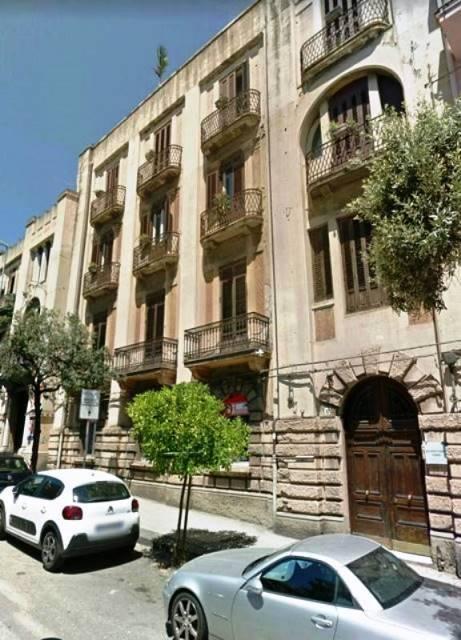 Appartamento in Viale Boccetta 41, C. Storico: Duomo, Via Garibaldi, C.so Cavour, Messina