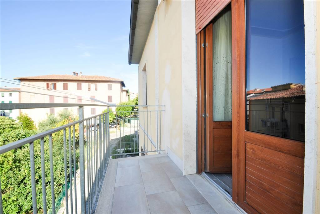 7130 balcone camera 1