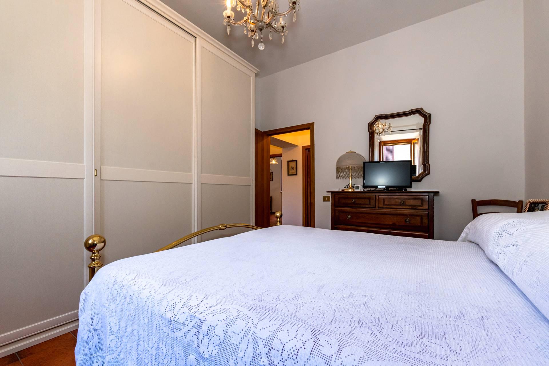 Camera matrimoniale 1 piano primo