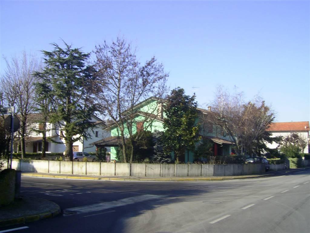 Villa a Schiera in Vendita a San Giorgio di Mantova