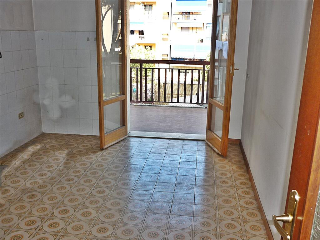 Appartamento, Zarini, Prato, abitabile