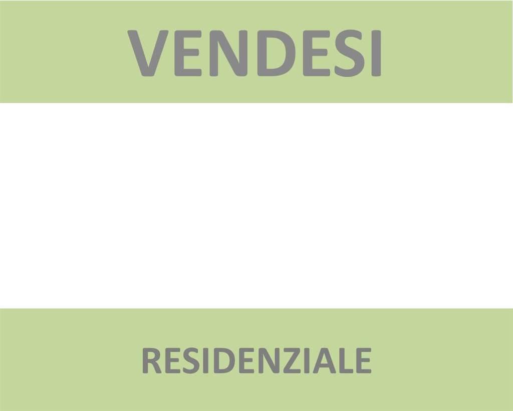 Villa, Giolica, Prato, ristrutturata