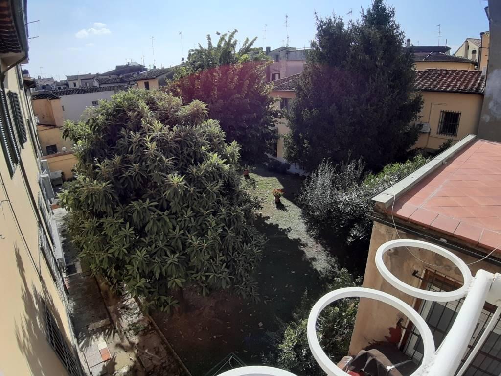 Soluzione Indipendente in affitto a Prato, 6 locali, zona Zona: Centro storico, Trattative riservate   CambioCasa.it
