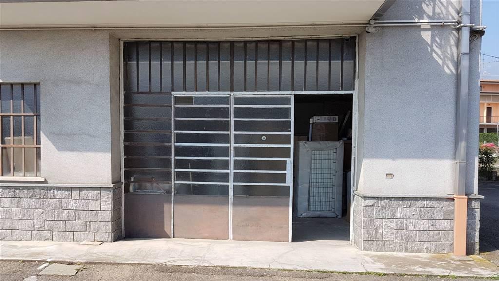 Magazzino in affitto a Camburzano, 1 locali, prezzo € 350 | CambioCasa.it