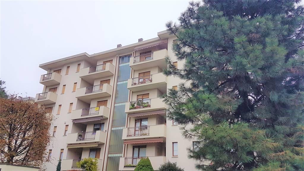 Appartamento in affitto a Vigliano Biellese, 5 locali, prezzo € 625   CambioCasa.it