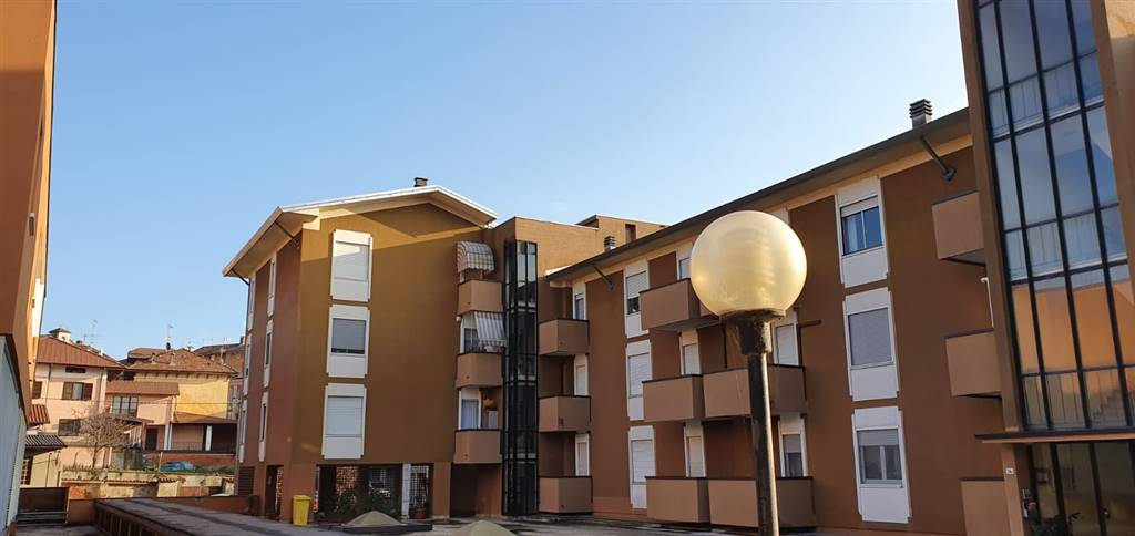 Appartamento in vendita a Cossato, 5 locali, prezzo € 38.000   PortaleAgenzieImmobiliari.it