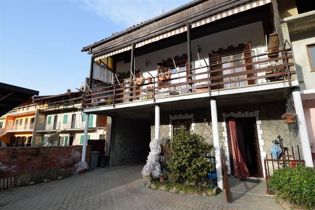 Villa a Schiera in vendita a Azeglio, 5 locali, zona ia, prezzo € 89.000 | PortaleAgenzieImmobiliari.it