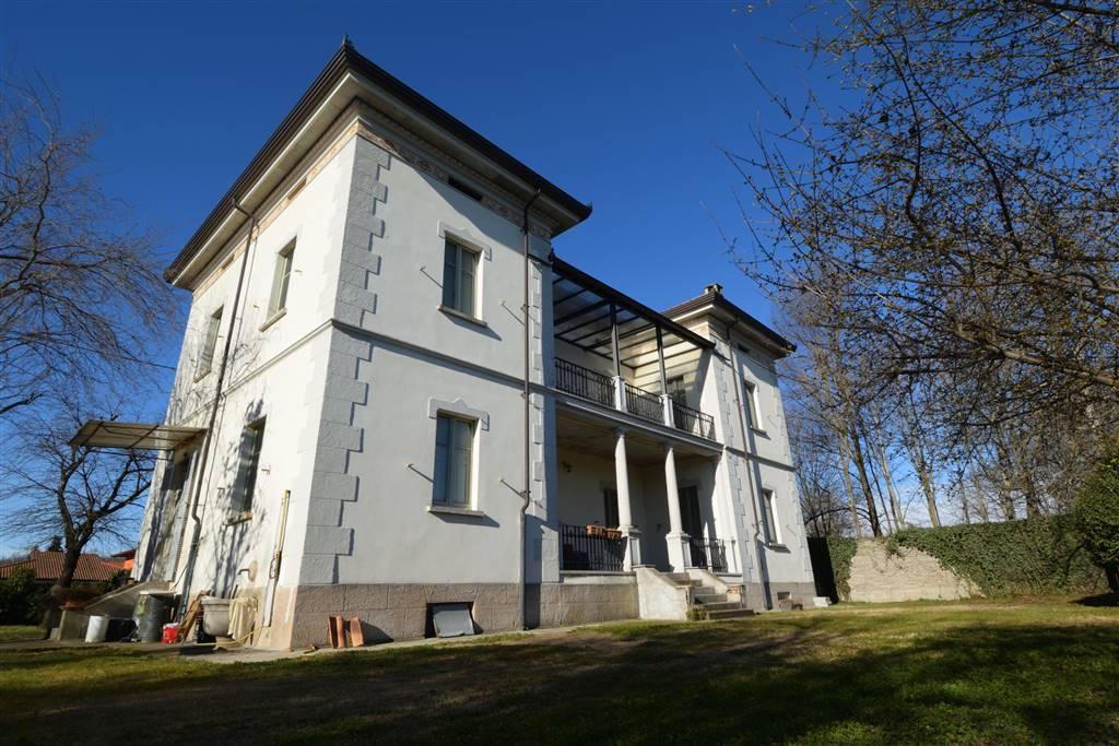 Villa in vendita a Fontaneto d'Agogna, 10 locali, prezzo € 259.000 | PortaleAgenzieImmobiliari.it