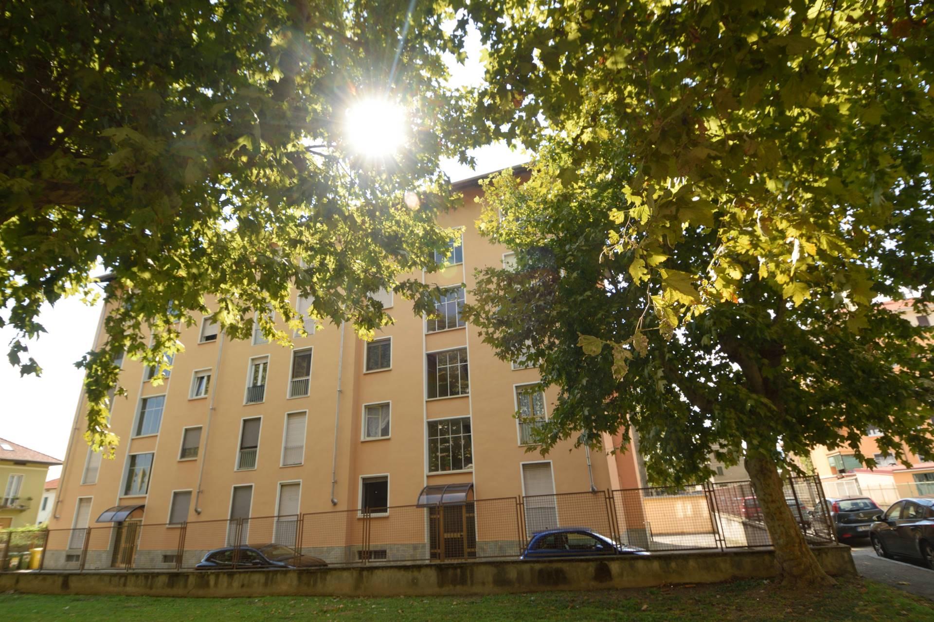 Appartamento in vendita a Biella, 4 locali, zona Località: PRESSI VIA ROSSELLI, prezzo € 55.000 | PortaleAgenzieImmobiliari.it