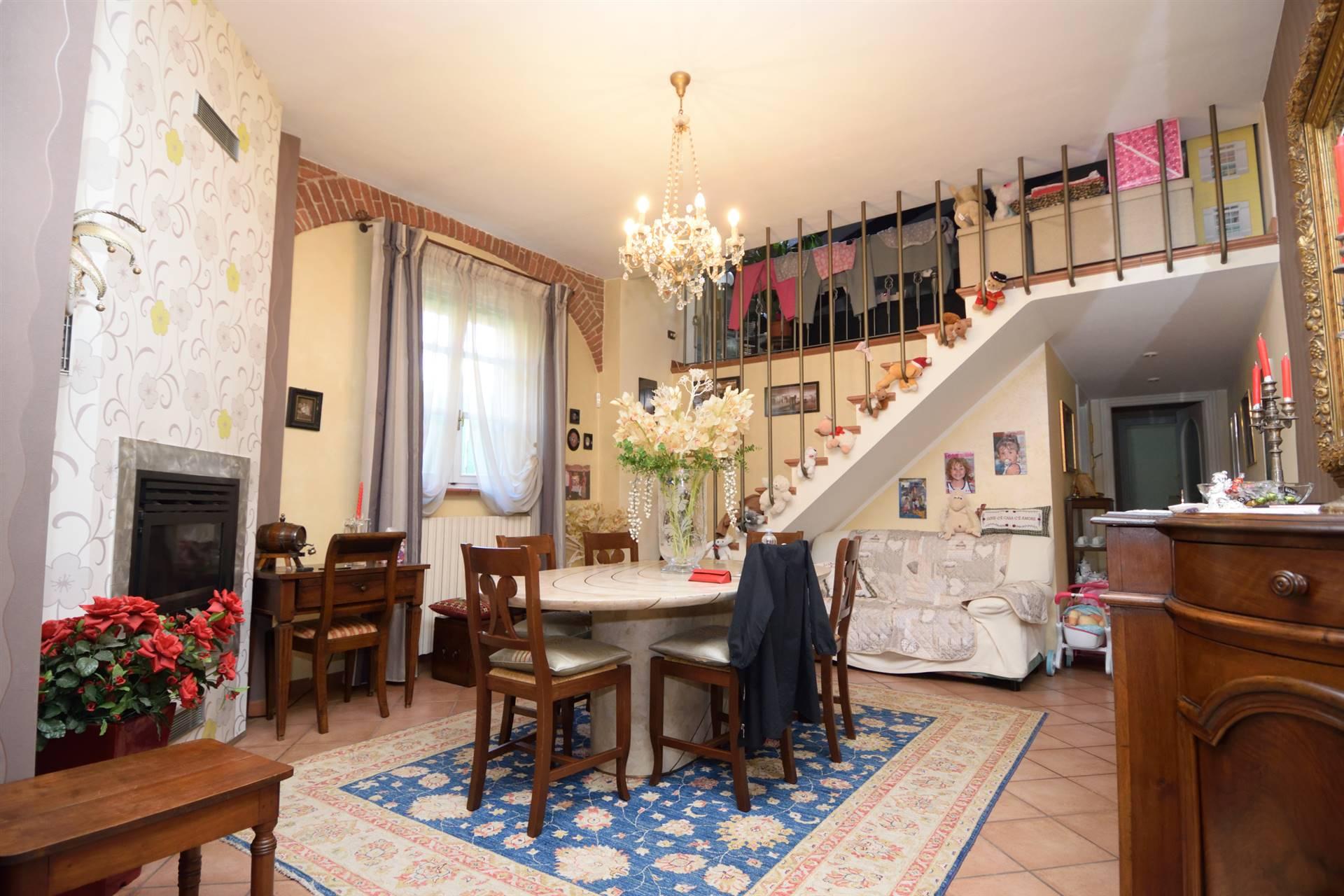 Appartamento in vendita a Biella, 5 locali, zona ro, prezzo € 125.000 | PortaleAgenzieImmobiliari.it