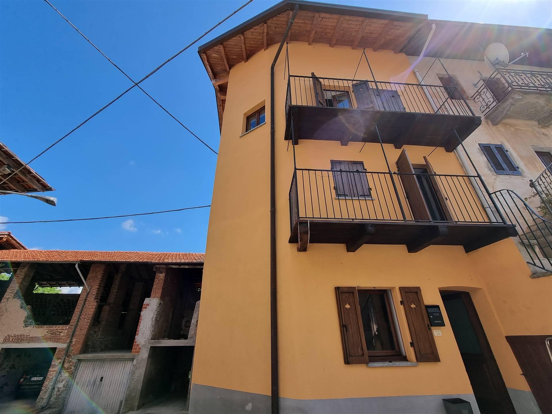 Soluzione Semindipendente in vendita a Roasio, 4 locali, zona Località: SANTEUSEBIO, prezzo € 110.000 | CambioCasa.it