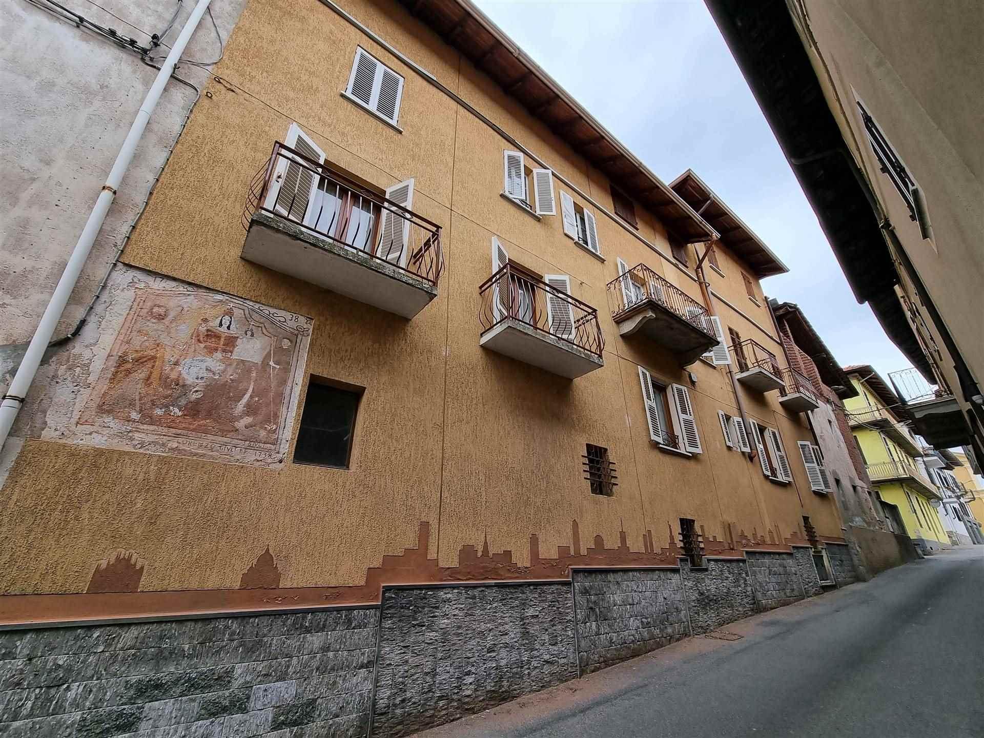 Soluzione Semindipendente in vendita a Roasio, 6 locali, zona Località: SAN GIORGIO, prezzo € 28.000 | CambioCasa.it