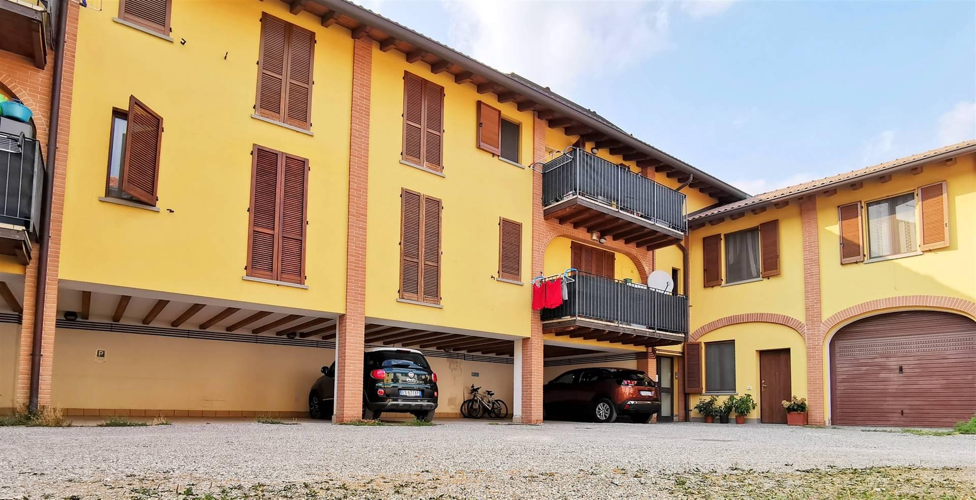 Appartamento in vendita a Trezzano Rosa, 2 locali, prezzo € 108.000 | PortaleAgenzieImmobiliari.it