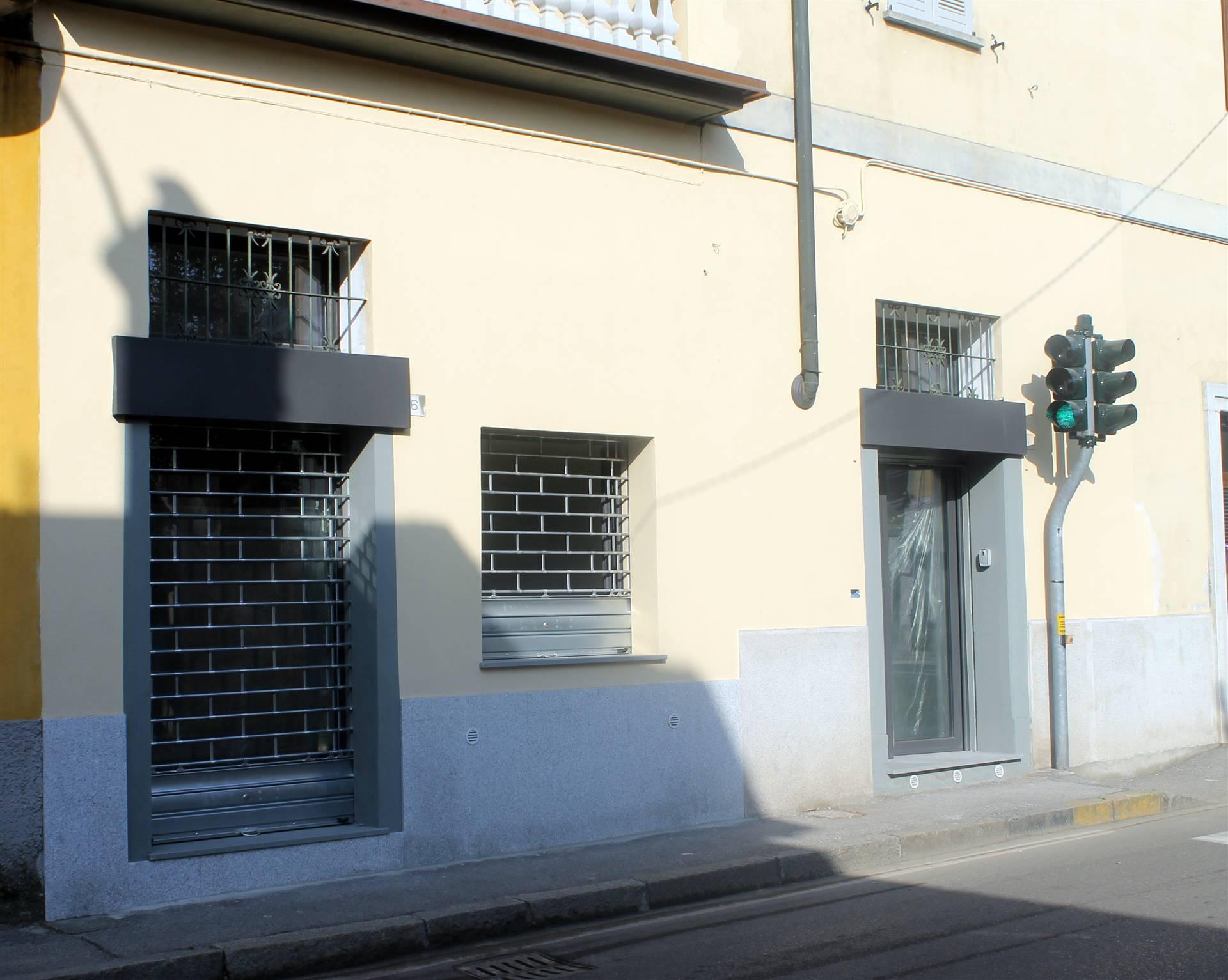 Negozio / Locale in affitto a Gessate, 2 locali, prezzo € 700 | CambioCasa.it