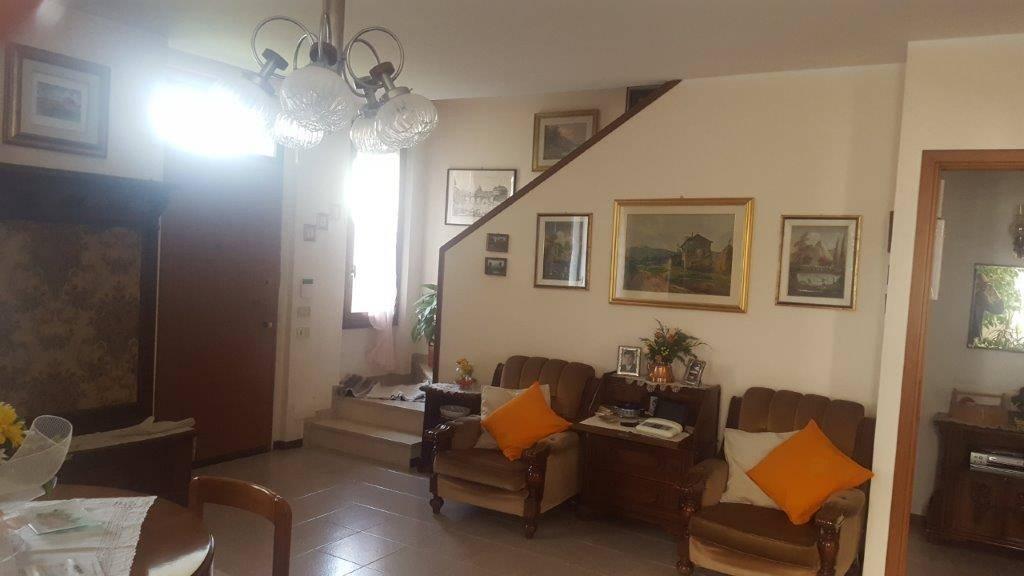 Villa Bifamiliare Inzago