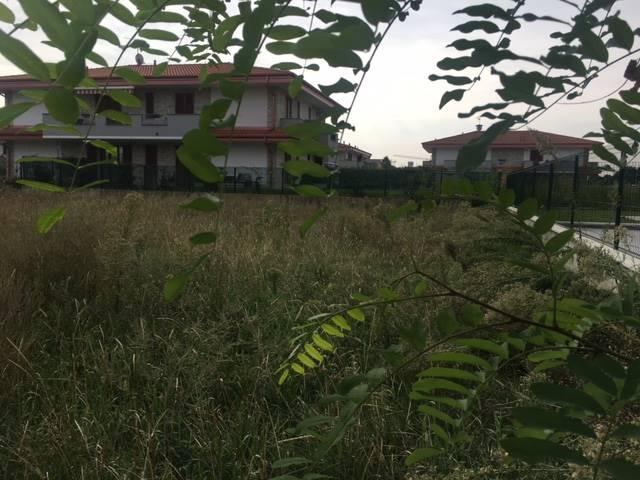Terreno edificabile a CAMBIAGO