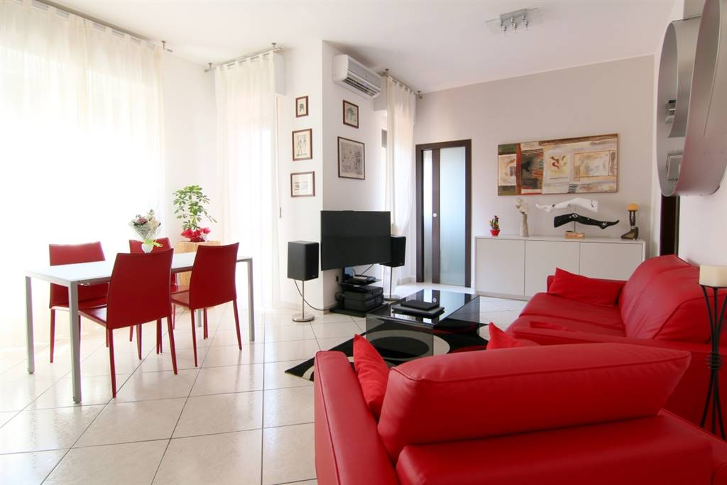 Apartment in INZAGO 110 Sq. mt. | 4 Rooms - Garage
