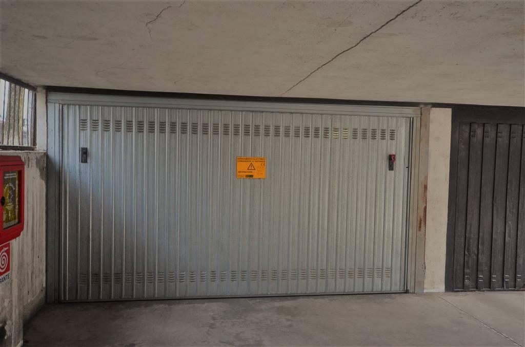 Garage / Posto autoaGORGONZOLA