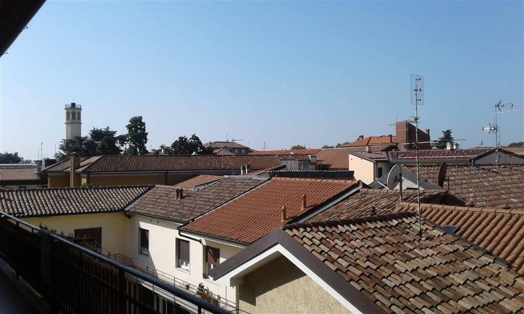 Appartamento in affitto a Inzago, 2 locali, prezzo € 450 | CambioCasa.it