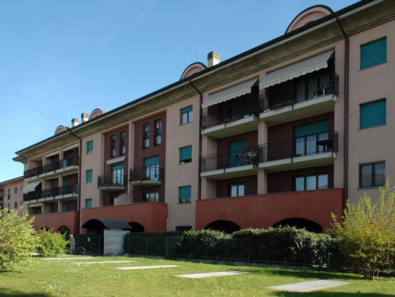 Appartamento in vendita a Carugate, 2 locali, zona Località: MILANO EST, prezzo € 131.000 | CambioCasa.it