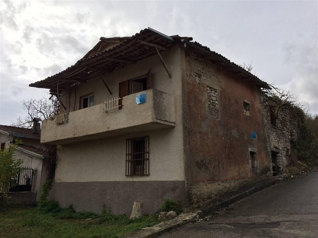 Rustico casale in Via Dei Cappuccini 9, Scurcola Marsicana