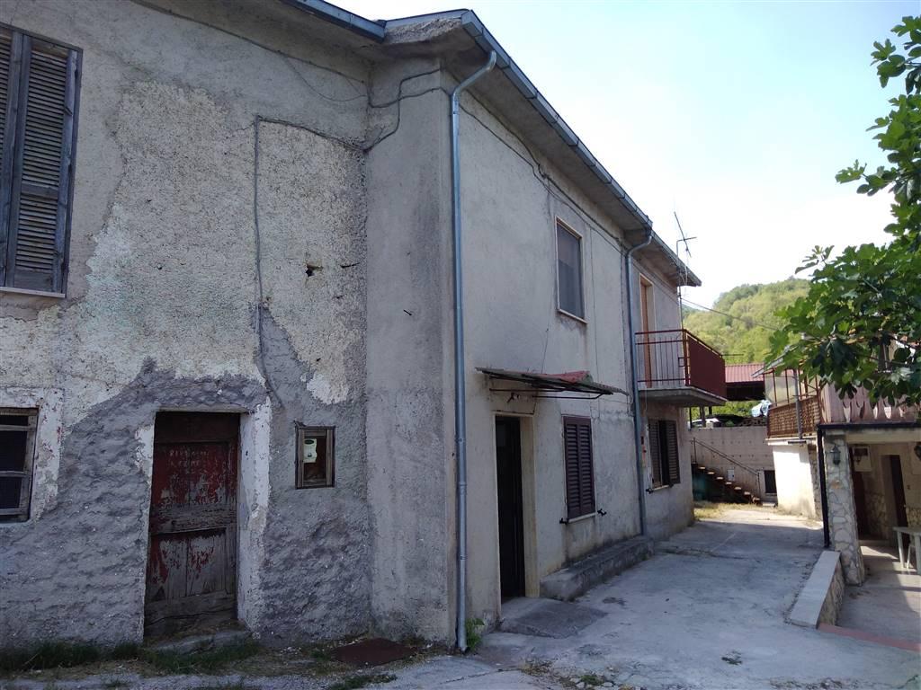 Casa singola in Contrada Peschiera Snc, Civitella Roveto