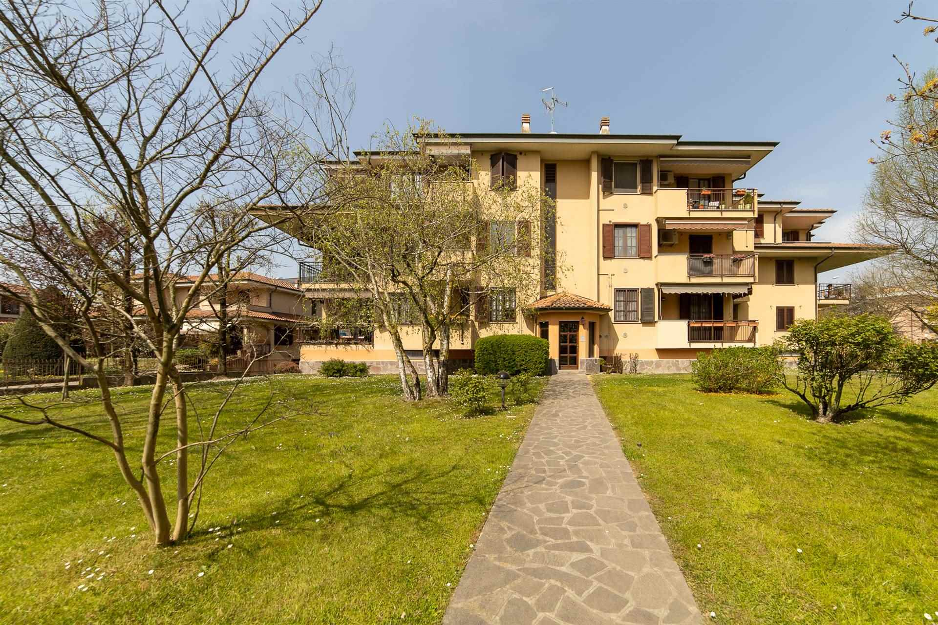 Appartamento in vendita a Liscate, 4 locali, zona Località: LISCATE, prezzo € 249.000 | PortaleAgenzieImmobiliari.it