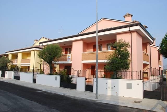 Villa a schiera, Lido Degli Estensi, Comacchio, in nuova costruzione