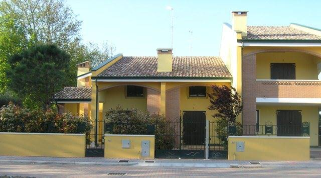 Villa a schiera, Lido Delle Nazioni, Comacchio, in nuova costruzione