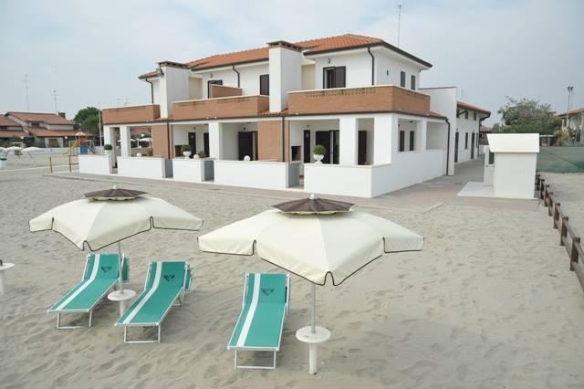 Villa a schiera, Lido Di Pomposa, Comacchio, in nuova costruzione
