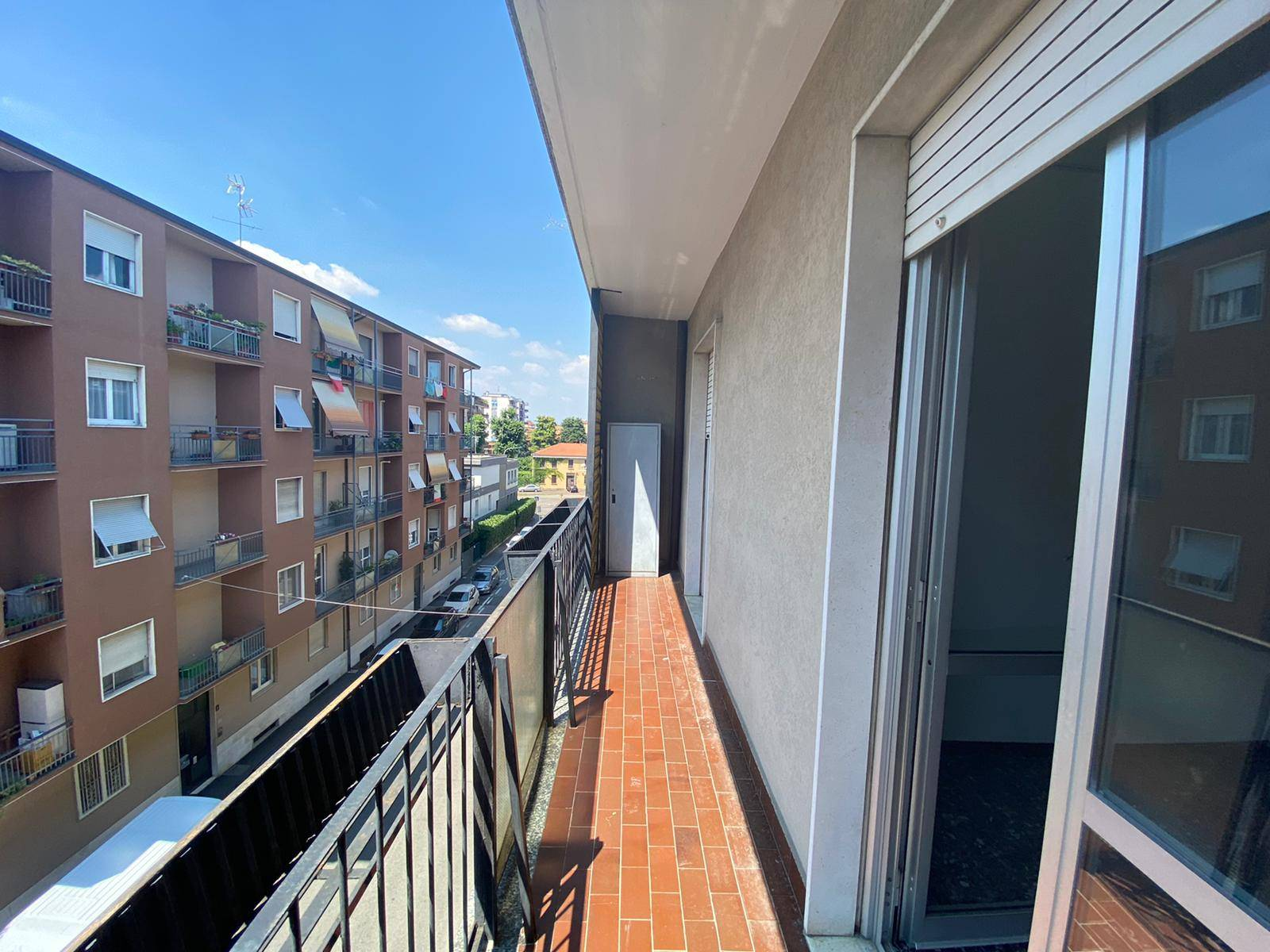 PIOLTELLO, Apartment for sale of 70 Sq. mt., Heating Centralized, Energetic class: E, Epi: 102,89 kwh/m2 year, placed at 3°, composed by: 2 Rooms, Separate kitchen, , 1 Bedroom, 1 Bathroom, Price: €