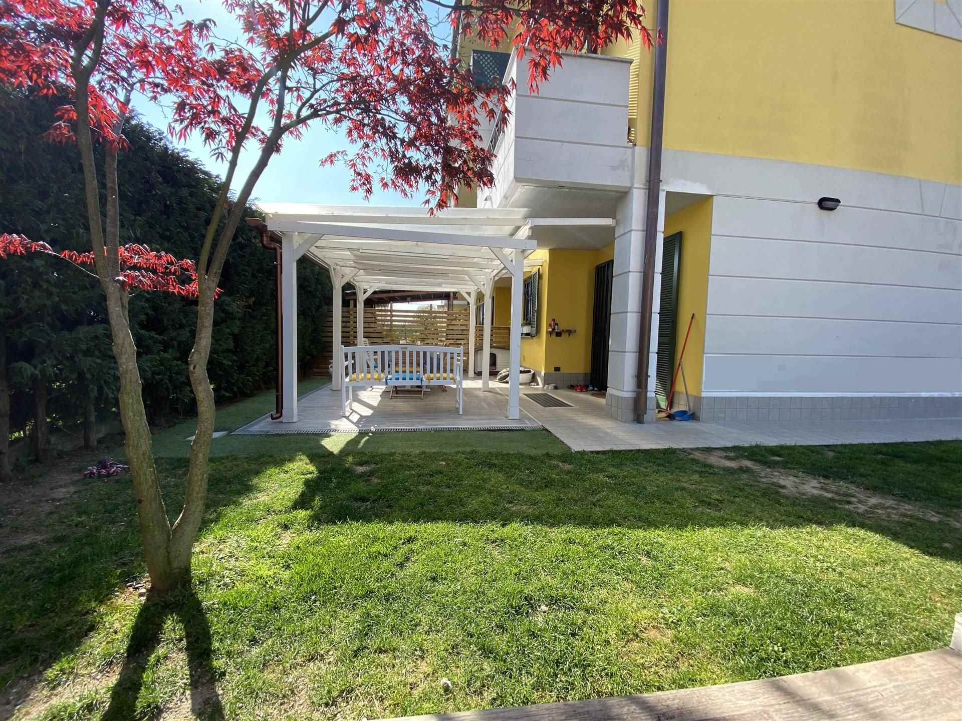 CAMPORICCO, CASSINA DE'PECCHI, Small villa for sale of 170 Sq. mt., Excellent Condition, Heating Individual heating system, Energetic class: F, Epi: