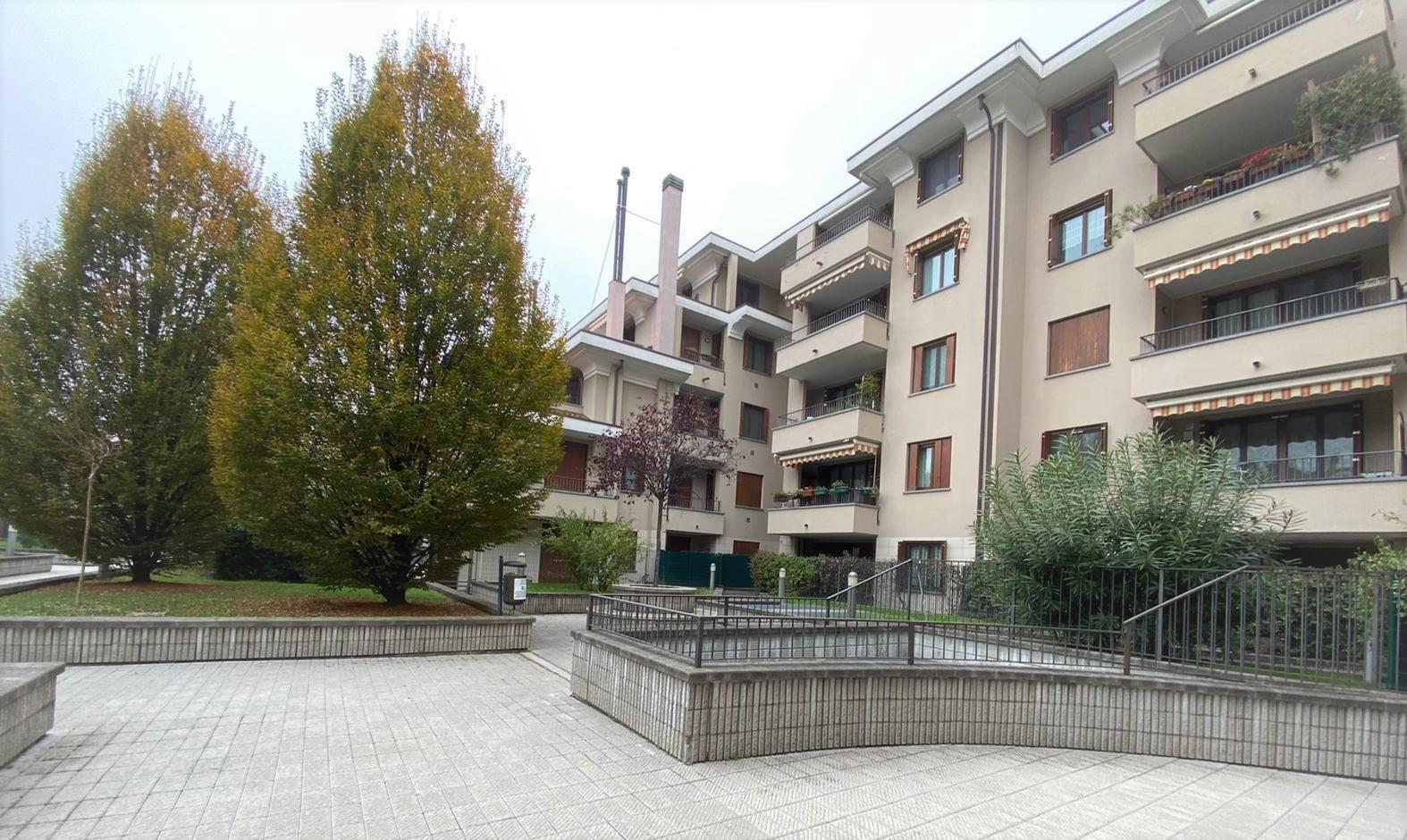 BUSSERO, Wohnung zu verkaufen von 85 Qm, Beste ausstattung, Heizung Unabhaengig, Energie-klasse: C, Epi: 78,4 kwh/m2 jahr, am boden 4° auf 5,