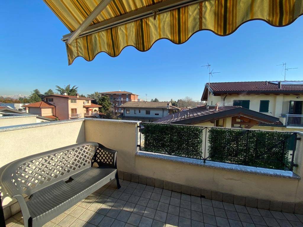 CASSINA DE'PECCHI, Apartment for sale of 57 Sq. mt., Excellent Condition, Heating Individual heating system, Energetic class: C, Epi: 158,36 kwh/m2 year, placed at 2° on 2, composed by: 2 Rooms,