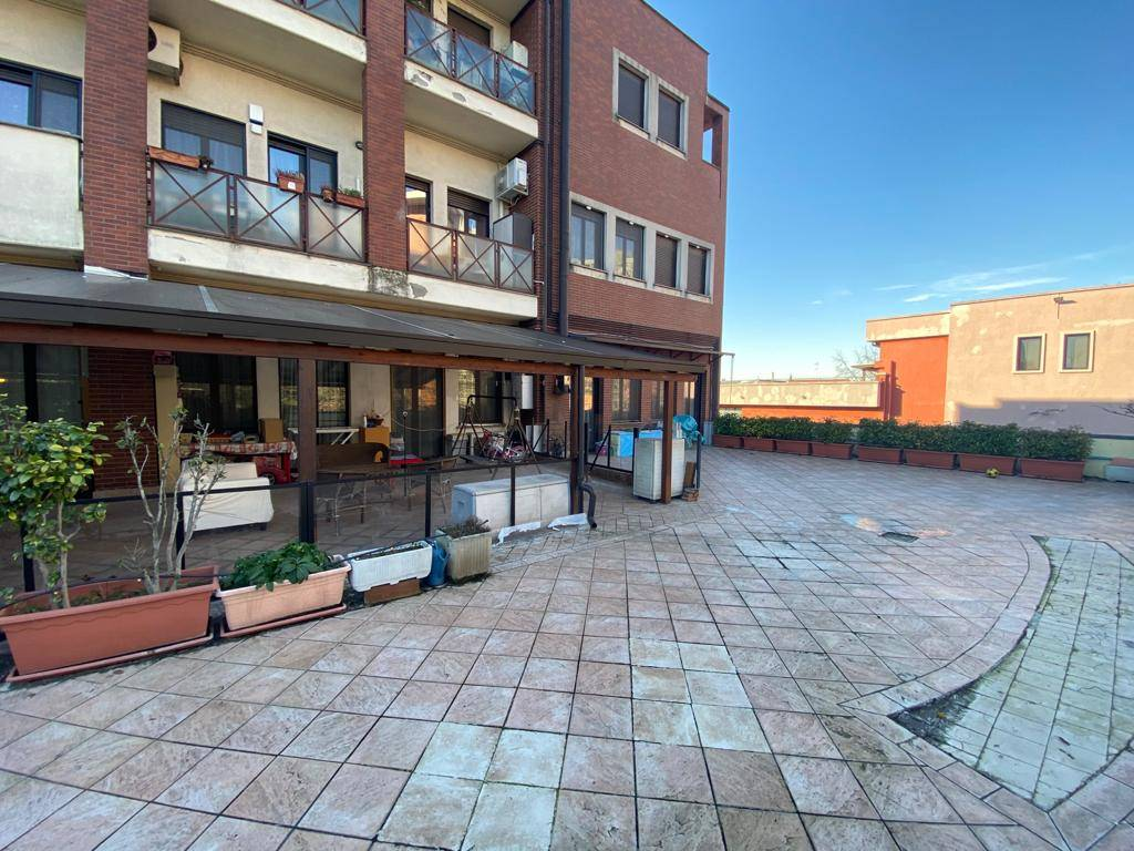 COLOGNO MONZESE, Apartment for sale of 120 Sq. mt., Good condition, Heating Individual heating system, Energetic class: E, Epi: 120,67 kwh/m2 year, placed at 1° on 4, composed by: 3 Rooms, Separate
