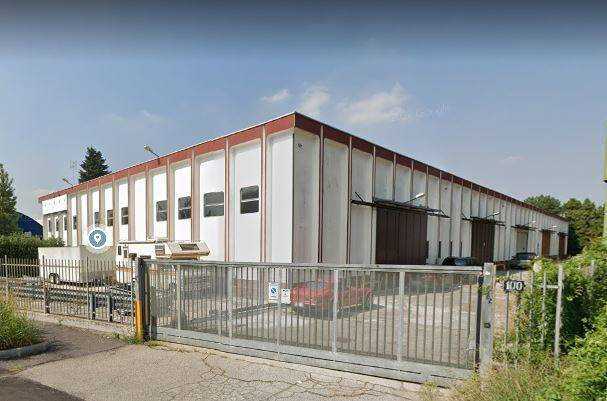 PIOLTELLO, Industrial warehouse for rent of 350 Sq. mt., Energetic class: G, placed at Ground, composed by: , 1 Bathroom, Parking space, Price: € 1,