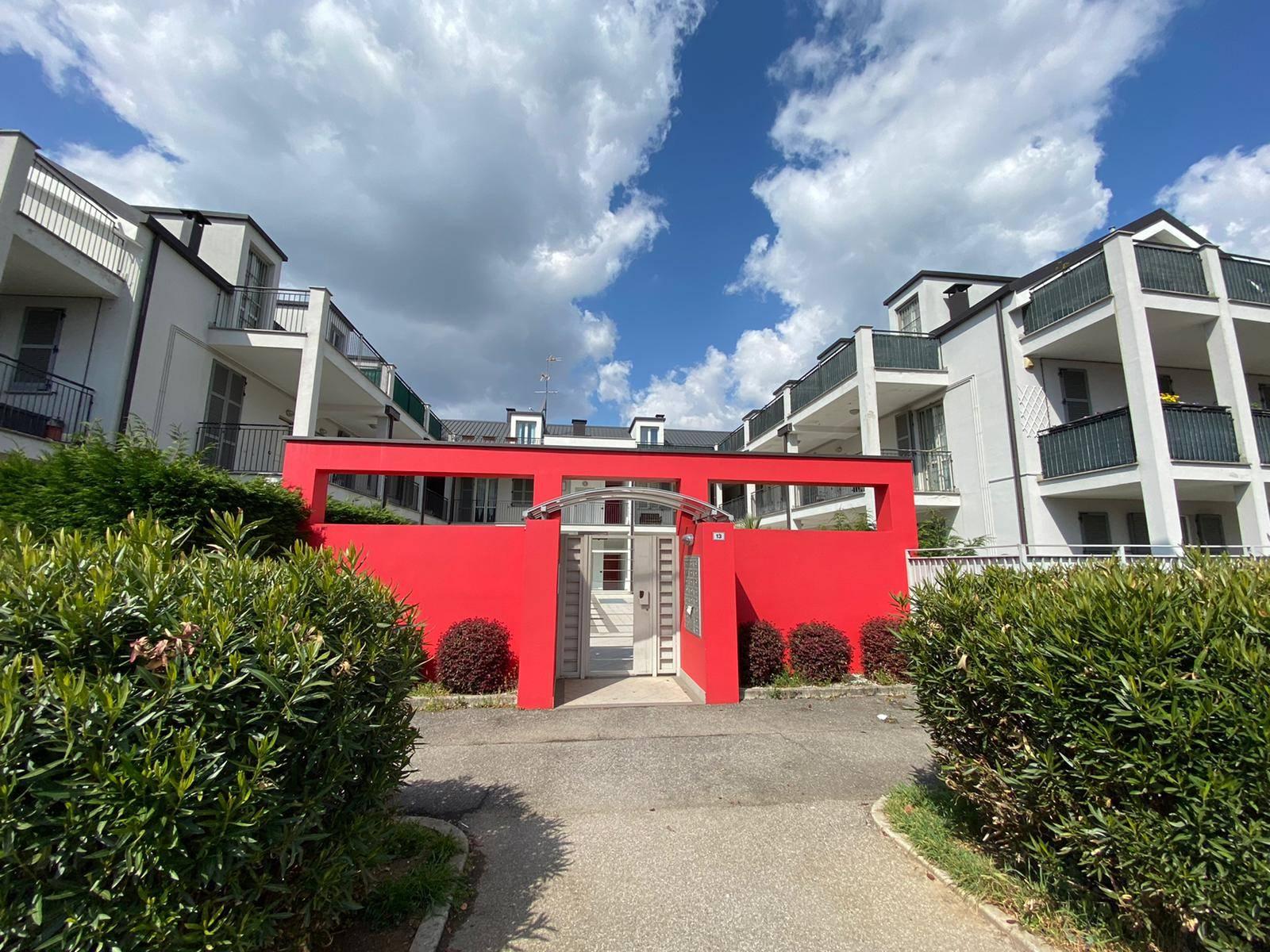 Proponiamo nel comune di Villasanta frazione San Fiorano, splendido immobile semi indipendente di mq 75 commerciali complessivi, posto al piano terra di un complesso residenziale di poche unità