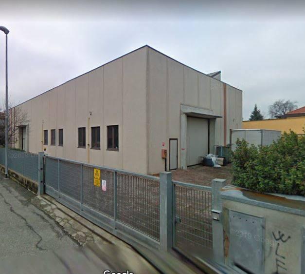Sovico (MB) Welchome Business propone luminoso capannone semi indipendente e recintato, (h. mt 7.00) con mensole per carroponte. La sua altezza e la sua superficie sgombra di pilastri lo rendono