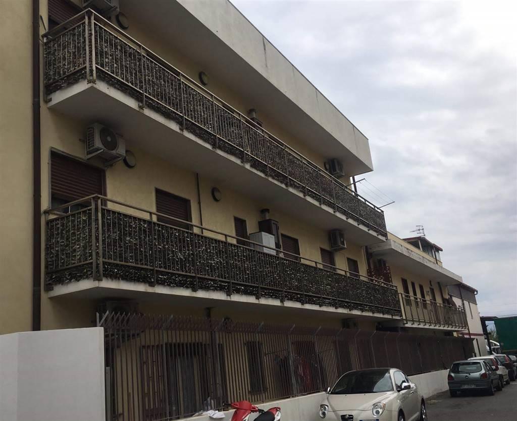 Trilocale, Contesse,gazzi,tremestieri, Messina, in ottime condizioni