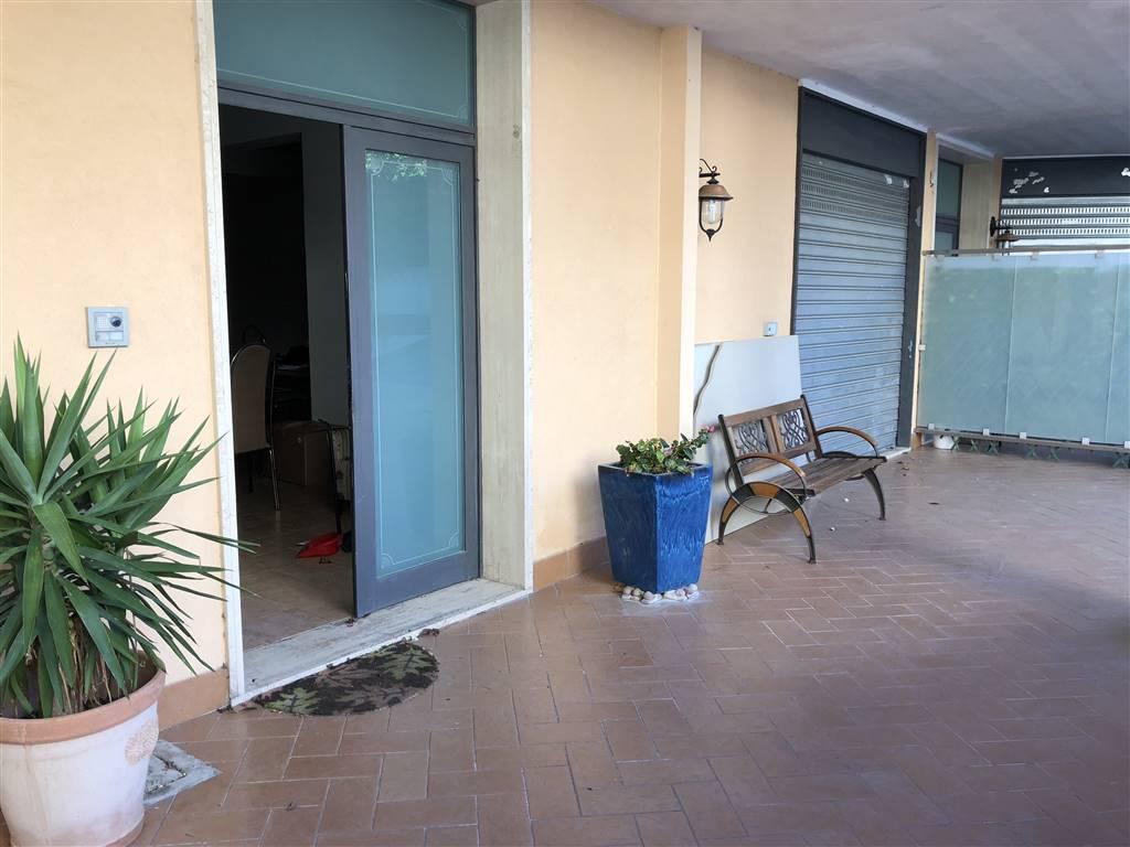Villa a schiera, Salerno, ristrutturata