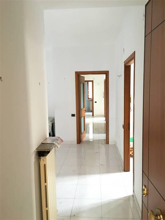 Appartamento in Via G. Quagliariello 4, Torrione Alto, Salerno